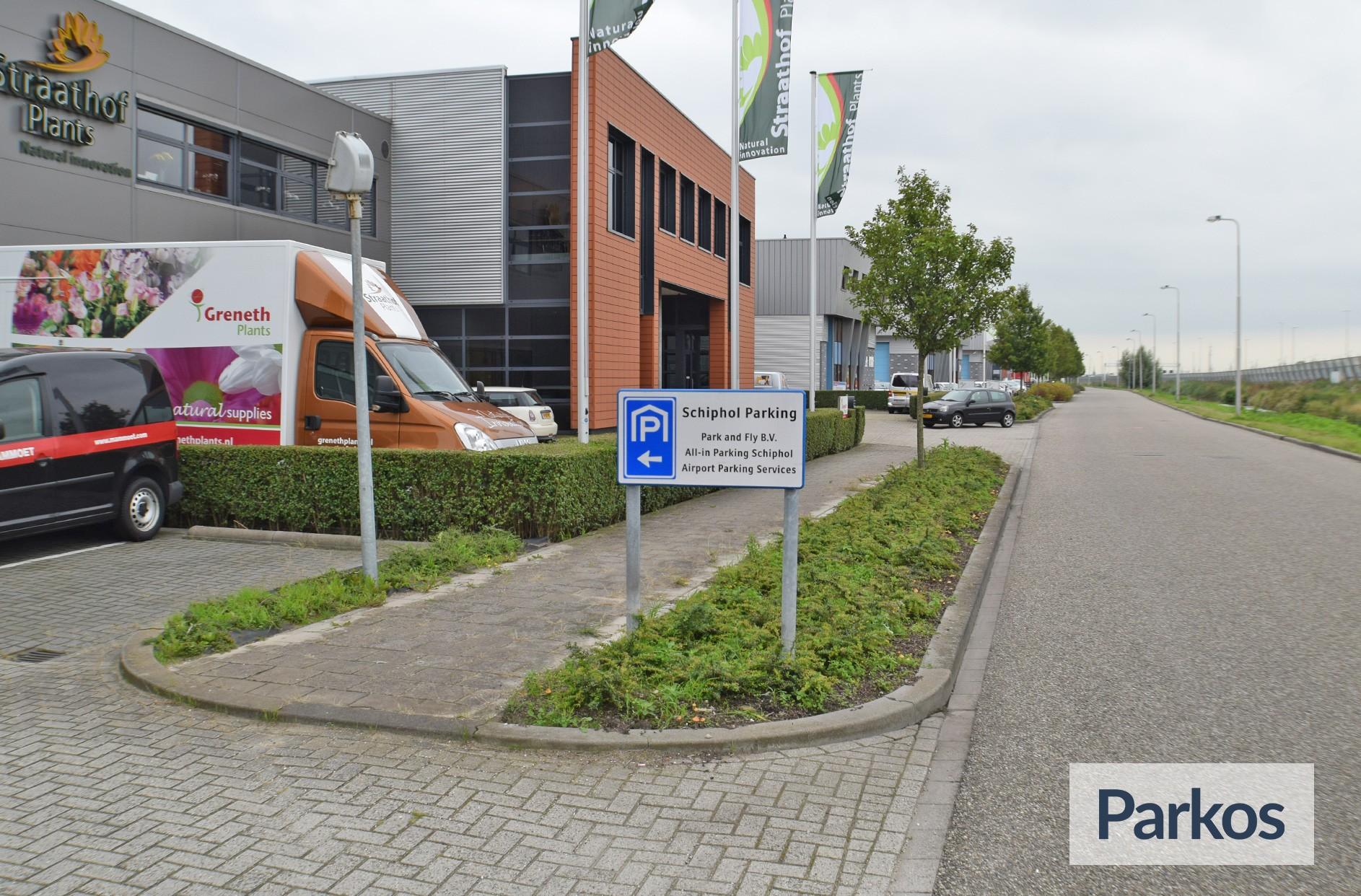 Total Care Parking: Reviews, ervaringen en prijzen: https://parkos.be/total-care-parking.html